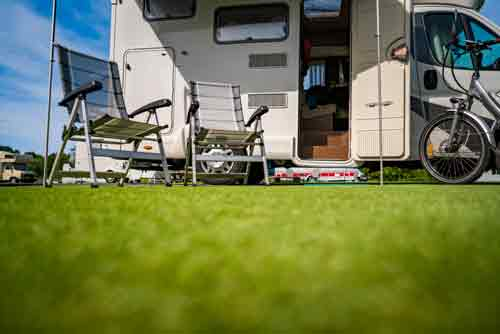 Why It's Important To Remove The Decals On Your RV